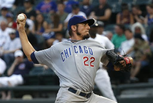 Garza, Soriano lead Cubs over White Sox 8-2