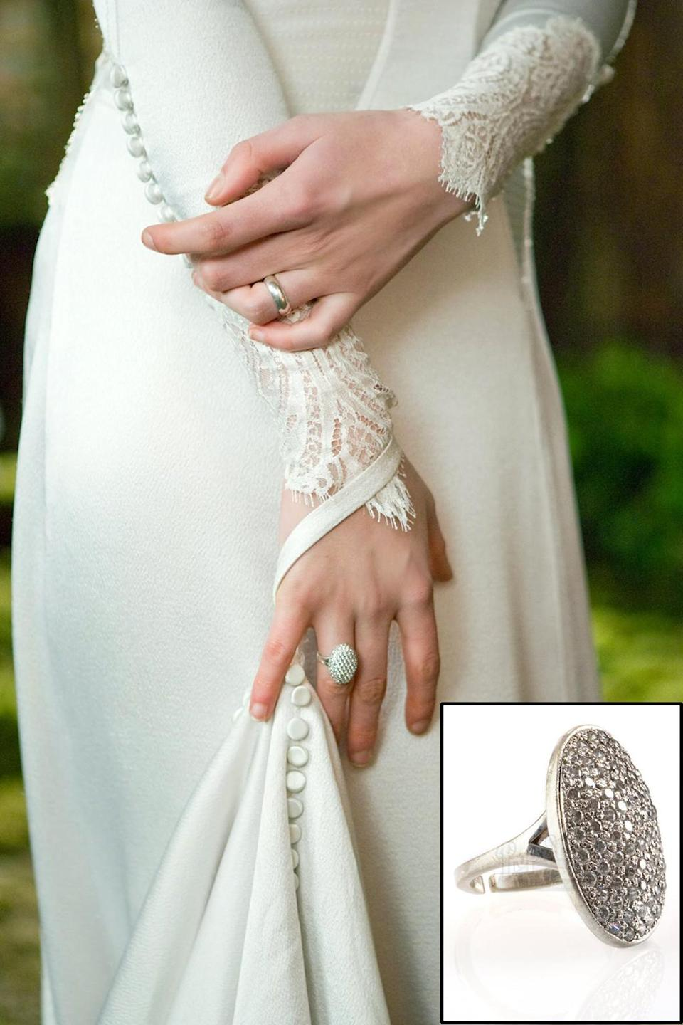 <p>Bella's massive ring from 'Breaking Dawn – Part 1.' (Photo: Prop Store/Summit) </p>