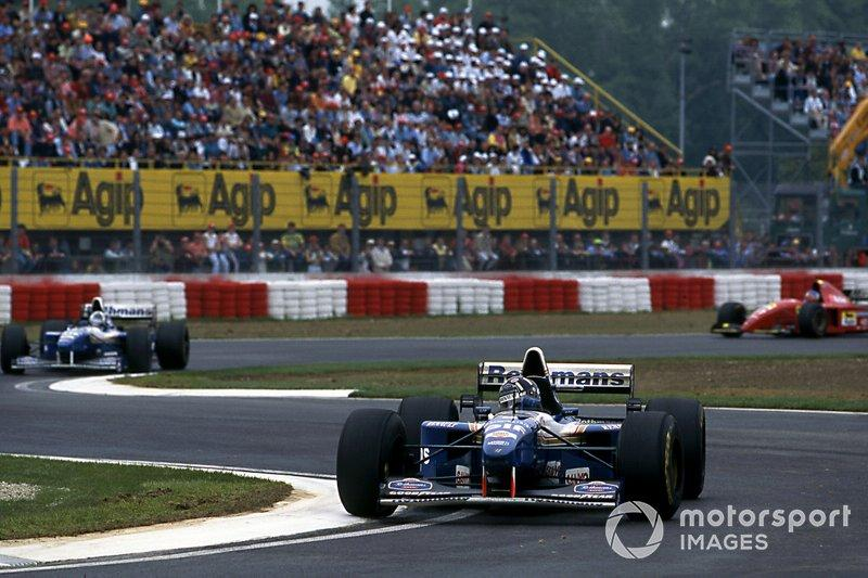 """Damon Hill, Williams FW17 leads David Coulthard, Williams FW17<span class=""""copyright"""">Sutton Images</span>"""