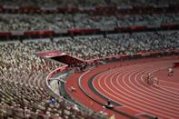 <p>Athletes compete in round one of the Women's 1500m heats on day ten of the Tokyo 2020 Olympic Games at Olympic Stadium on August 02, 2021 in Tokyo, Japan. (Photo by Patrick Smith/Getty Images)</p>