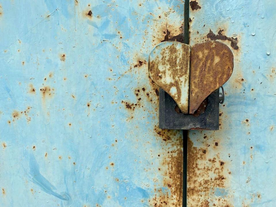 """<span class=""""attribution""""><a class=""""link rapid-noclick-resp"""" href=""""https://www.shutterstock.com/es/image-photo/texture-painted-rusted-metal-colored-background-1726665751"""" rel=""""nofollow noopener"""" target=""""_blank"""" data-ylk=""""slk:Shutterstock / Mala Iryna"""">Shutterstock / Mala Iryna</a>, <a class=""""link rapid-noclick-resp"""" href=""""http://creativecommons.org/licenses/by/4.0/"""" rel=""""nofollow noopener"""" target=""""_blank"""" data-ylk=""""slk:CC BY"""">CC BY</a></span>"""