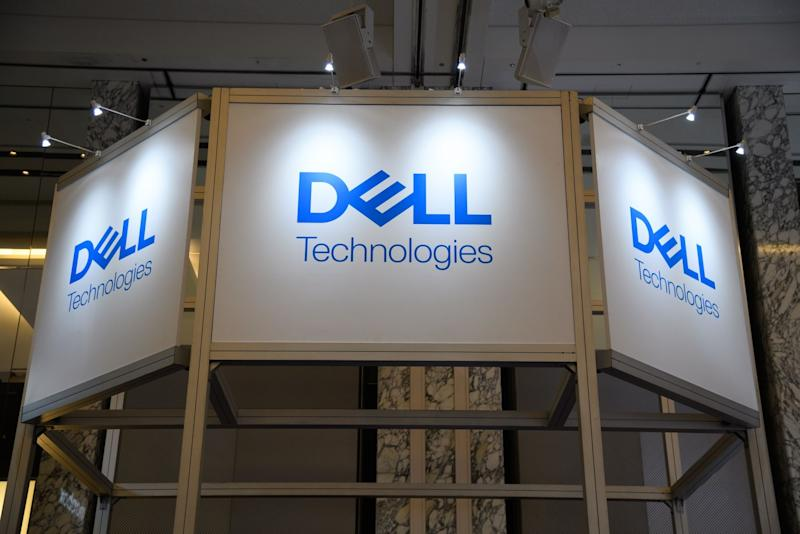 Dell Lowers Annual Sales Forecast on Weak Server Demand