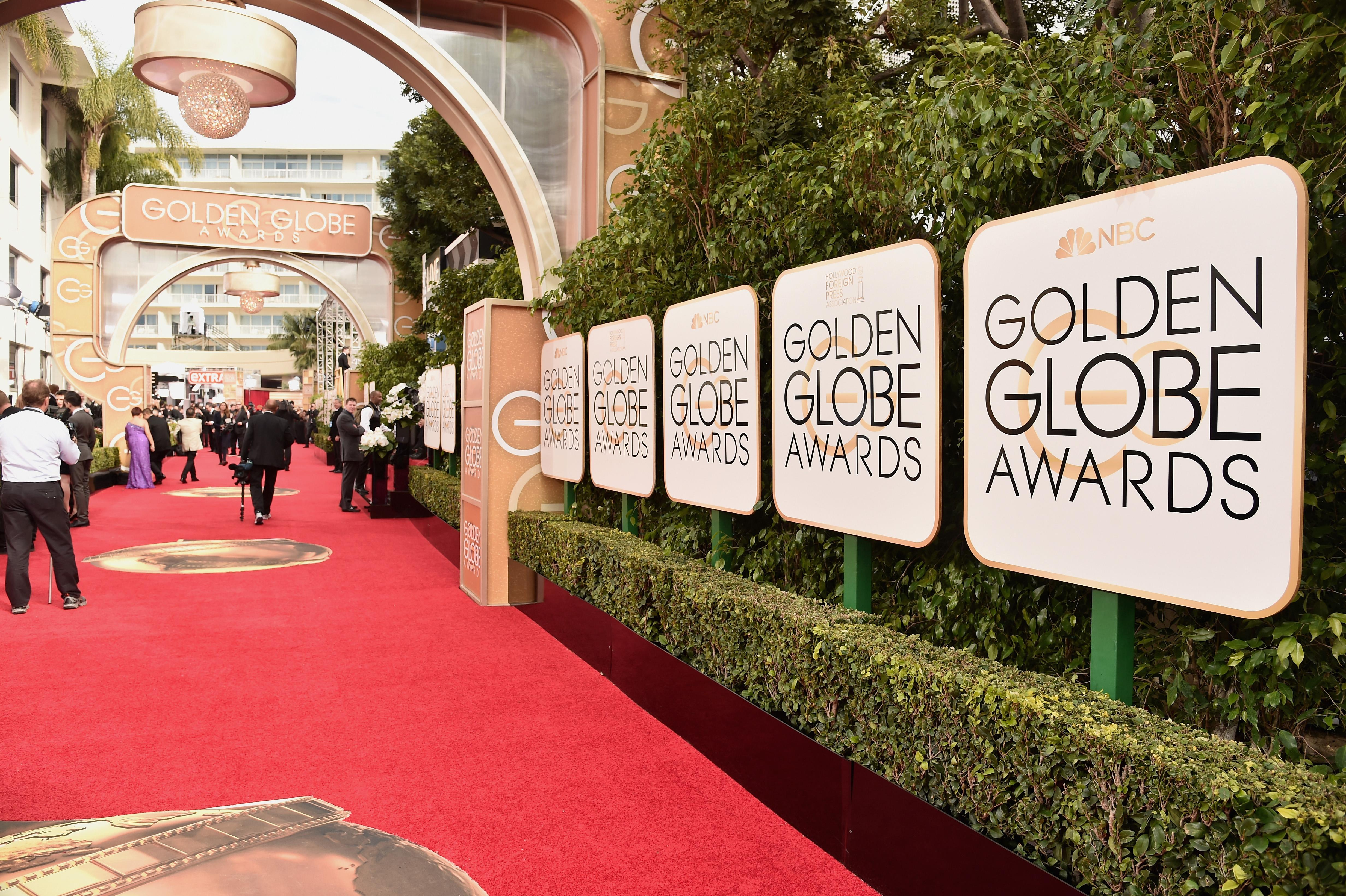 Golden Globes: Women to wear black to protest harassment [Video]