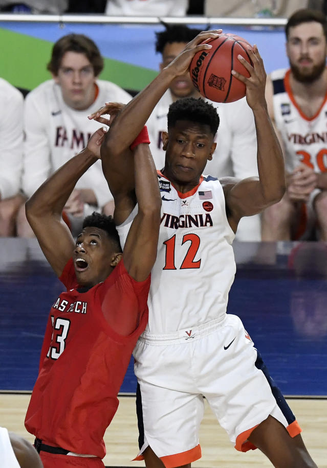 Jarrett Culver #23 of the Texas Tech Red Raiders and \v during the 2019 NCAA men's Final Four National Championship game at U.S. Bank Stadium on April 08, 2019 in Minneapolis, Minnesota. (Photo by Hannah Foslien/Getty Images)