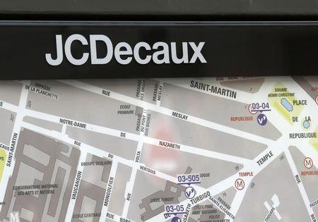 France's JCDecaux, America Movil create joint advertising venture in Mexico