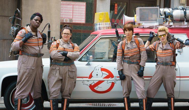 Sony backs 'Ghostbusters' director after Aykroyd criticism