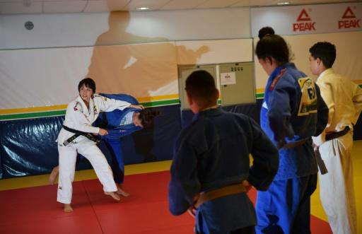 Yuko Fujii giving a class to young judo students in Rio de Janeiro on June 26, 2018