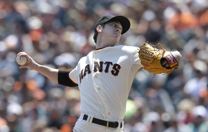 Lincecum's gem leads Giants past Brewers, 4-1