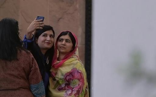 <p>Malala lands in Swat, Pakistani district where she was shot</p>