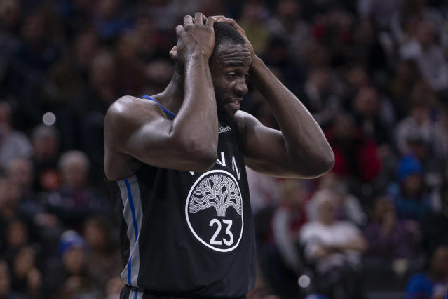Draymond Green forgot to pass the ball in on Thursday night in Boston, committing a hilarious turnover in the process. (Mitchell Leff/Getty Images)