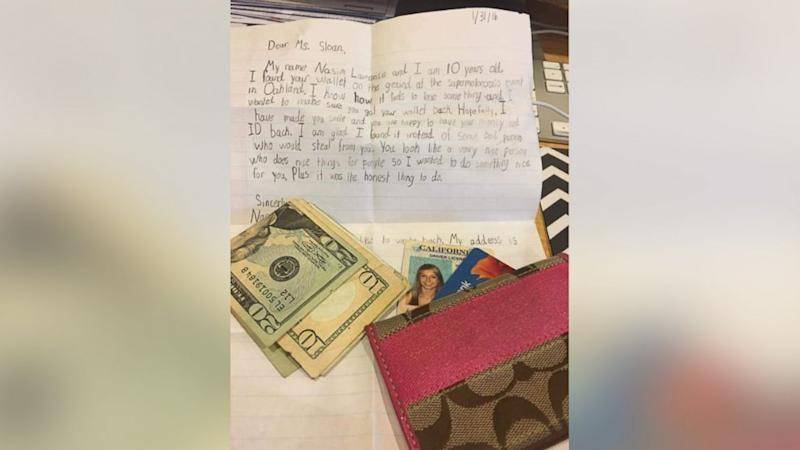 Child Returns Lost Wallet to Woman With Note: 'Hopefully, I Have Made You Smile'
