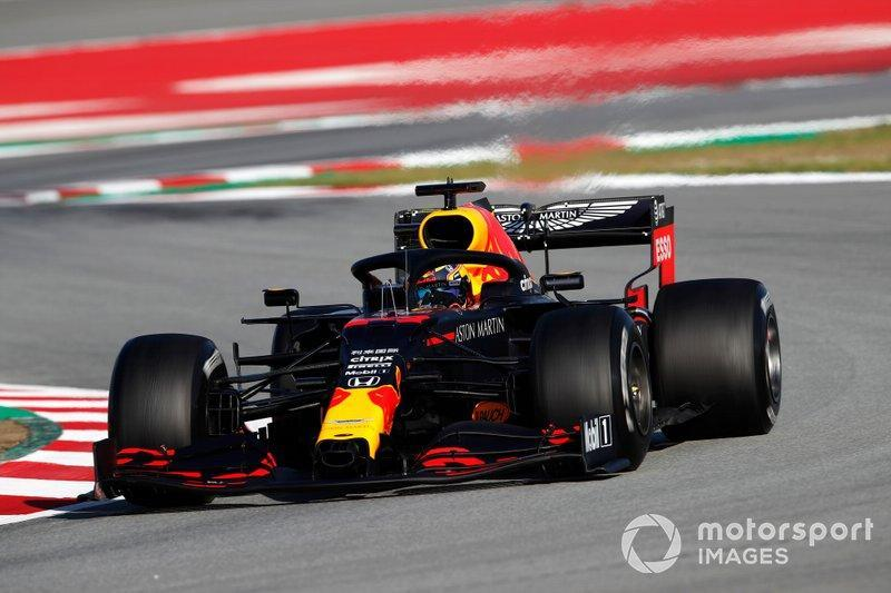 """Max Verstappen, Red Bull Racing RB16 <span class=""""copyright"""">Zak Mauger / Motorsport Images</span>"""