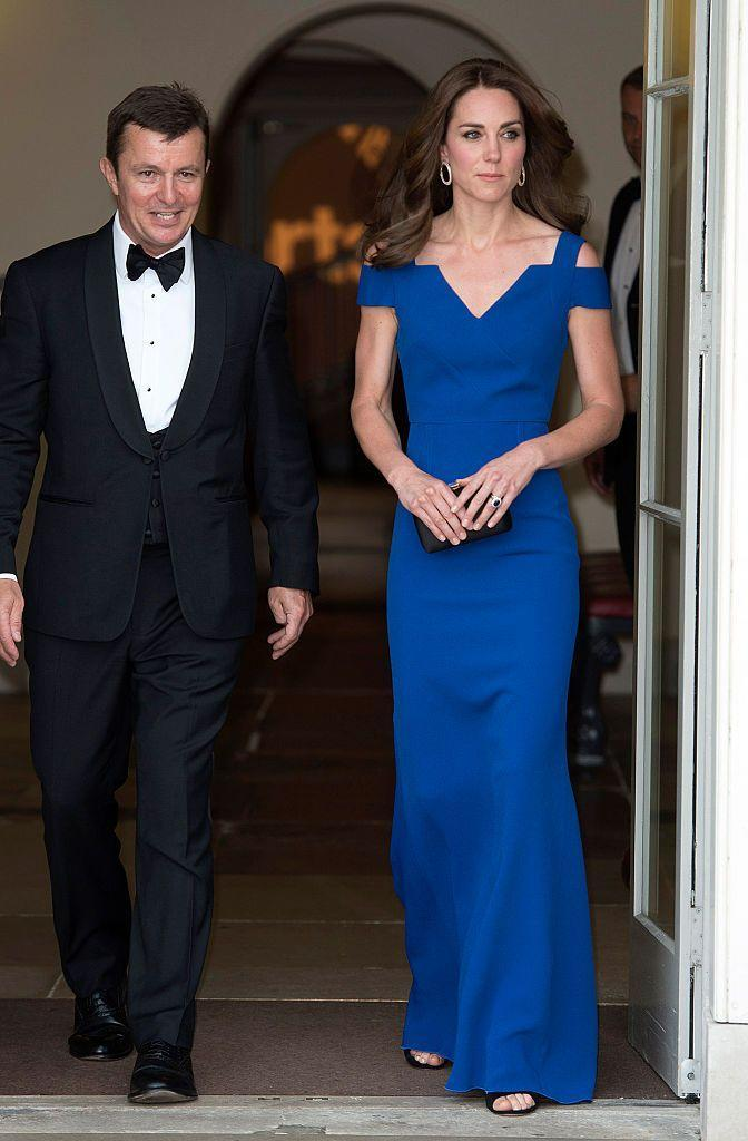 """<p>The Duchess looked stunning in a new gown by <a href=""""http://bit.ly/1UXBjDd"""" rel=""""nofollow noopener"""" target=""""_blank"""" data-ylk=""""slk:Roland Mouret"""" class=""""link rapid-noclick-resp"""">Roland Mouret</a> for the <a href=""""http://www.sportsaid.org.uk/"""" rel=""""nofollow noopener"""" target=""""_blank"""" data-ylk=""""slk:Sports Aid"""" class=""""link rapid-noclick-resp"""">Sports Aid</a> gala at <a href=""""http://www.hrp.org.uk/kensington-palace"""" rel=""""nofollow noopener"""" target=""""_blank"""" data-ylk=""""slk:Kensington Palace"""" class=""""link rapid-noclick-resp"""">Kensington Palace</a>.</p>"""