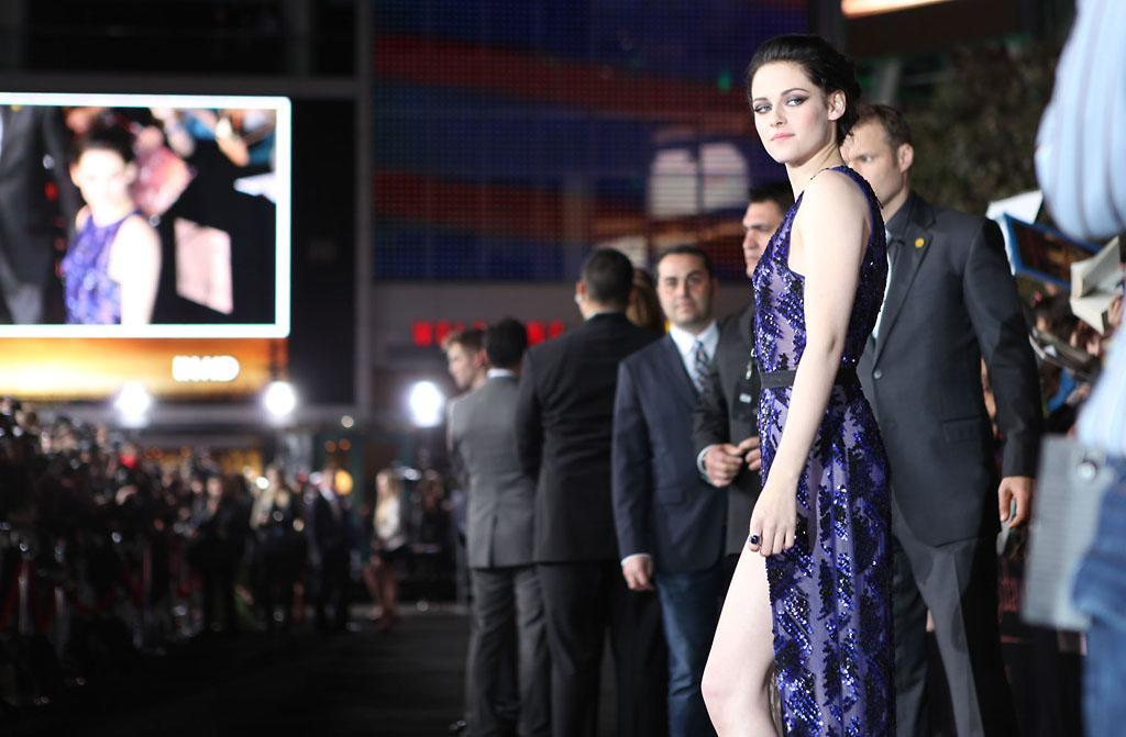 "<p class=""MsoNoSpacing"">Kristen Stewart arrives at the red carpet premiere for ""The Twilight Saga: Breaking Dawn – Part 1"" in Los Angeles, CA. (Photo by Nelson Blanton/Yahoo!)</p>"