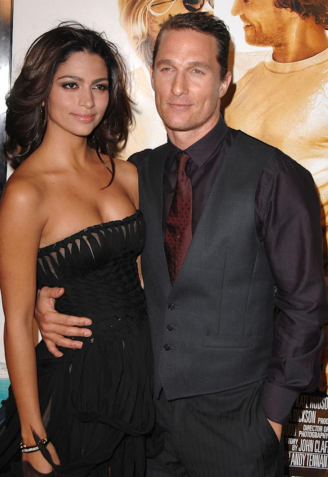 """Camilla Alves and <a href=""""http://movies.yahoo.com/movie/contributor/1800018907"""">Matthew McConaughey</a> at the Los Angeles premiere of <a href=""""http://movies.yahoo.com/movie/1809793124/info"""">Fool's Gold</a> - 01/30/2008"""