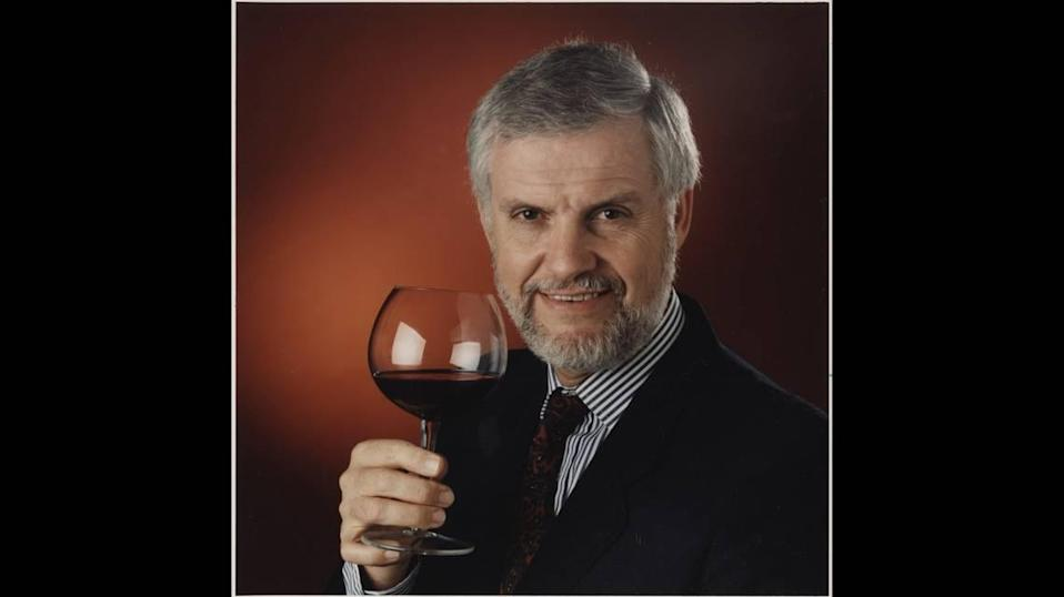 Fred Tasker, a former Miami Herald reporter, was a professional wine judge for national and international wine competitions and served on the tasting panel of Wine News magazine.