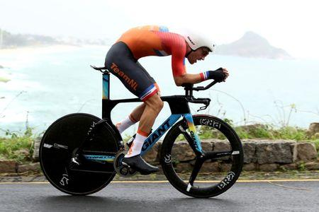 2016 Rio Olympics - Cycling Road - Final - Men's Individual Time Trial - Pontal - Rio de Janeiro, Brazil - 10/08/2016. Tom Dumoulin (NED) of Netherlands competes. REUTERS/Bryn Lennon/Pool/File Photo