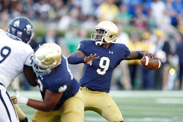 "<a class=""link rapid-noclick-resp"" href=""/ncaaf/players/226558/"" data-ylk=""slk:Malik Zaire"">Malik Zaire</a> started three games at Notre Dame. (Getty)"