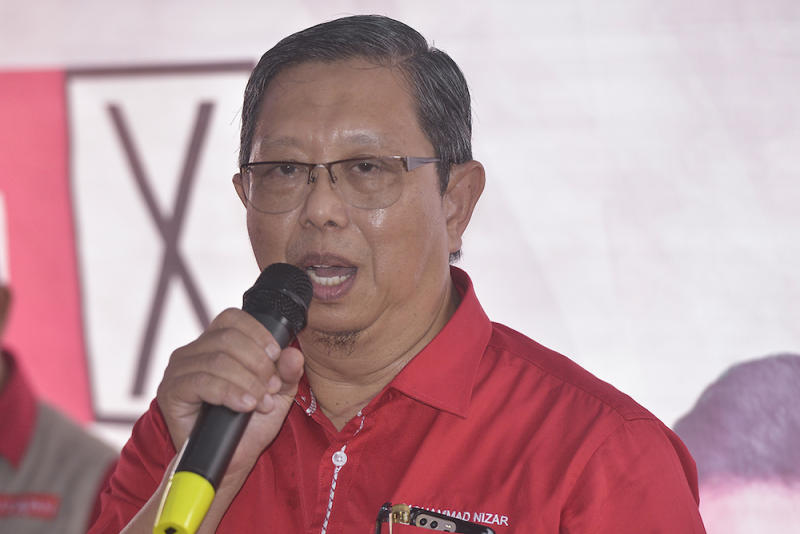 State executive councillor Datuk Seri Mohammad Nizar Jamaluddin said Perak recorded an increase of foreign investments in 2018. — Picture by Mukhriz Hazim