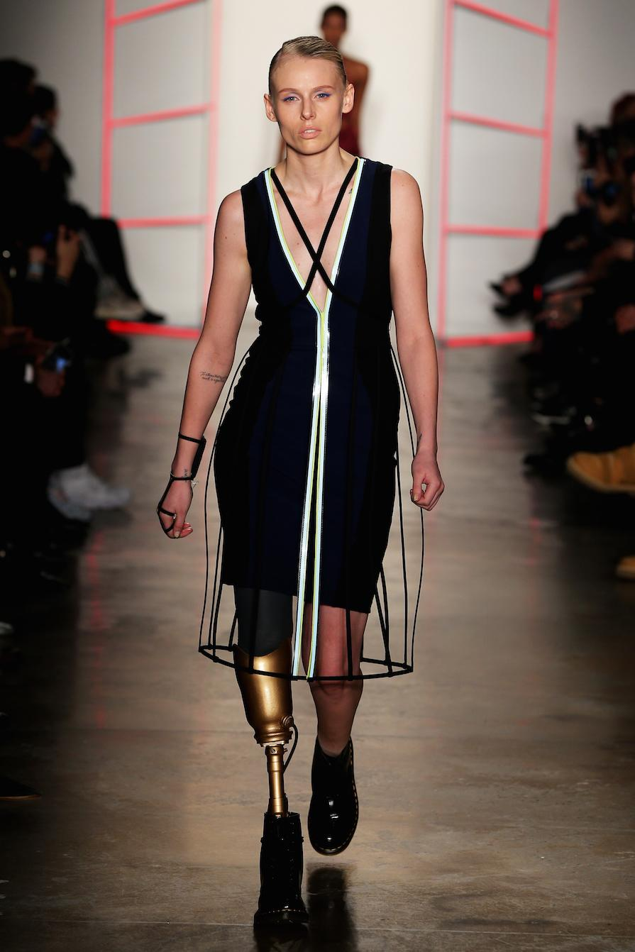 Model Who Lost Her Leg to Toxic Shock Syndrome Makes Her Fashion Week Debut
