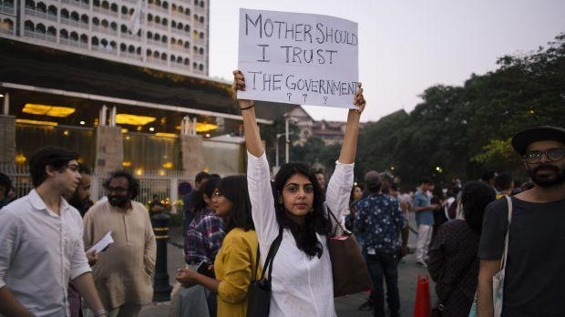 Gateway of India protests