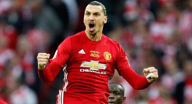 Zlatan Ibrahimovic aun no define su futuro con el Manchester United. (AP Photo/Kirsty Wigglesworth)
