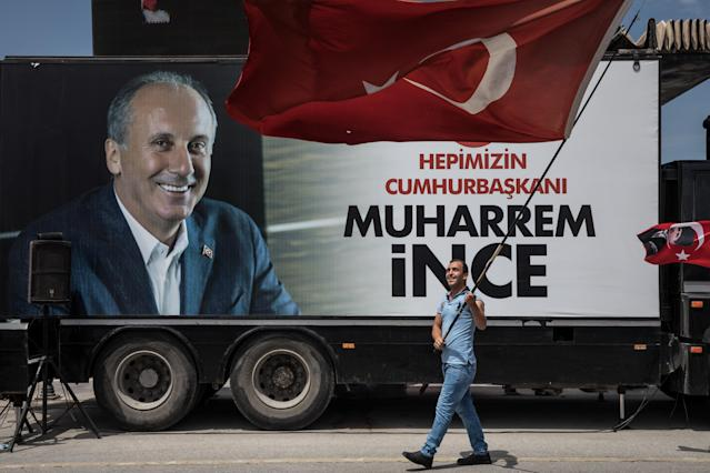 Supporter of CHP Party presidential candidate Muharrem Ince waves a flag in front of a campaign truck ahead of the start of a rally in Uskudar on Saturday in Istanbul, Turkey. (Photo: Chris McGrath/Getty Images)