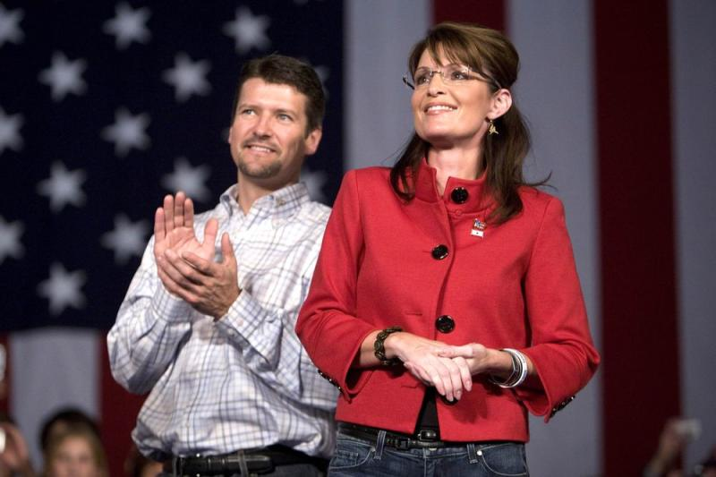 Todd Palin and Sarah Palin, 2008 | Mark Hirsch/Getty Images