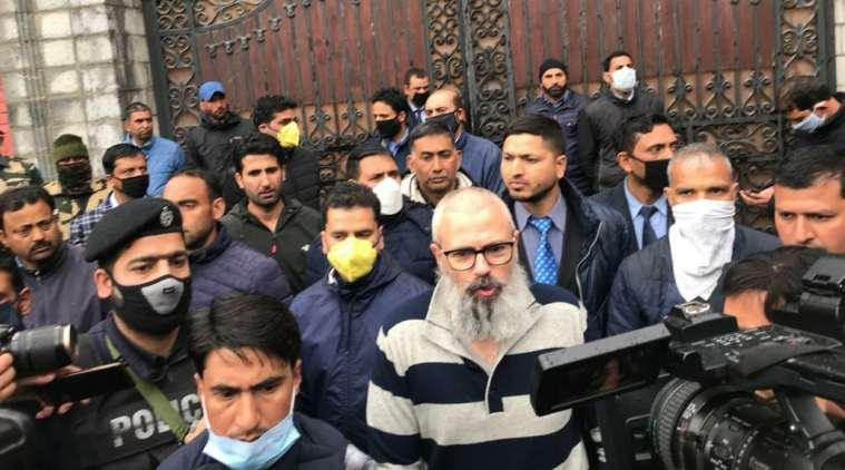 Omar Abdullah walks out of detention, asks Centre to release leaders, restore Internet in J&K