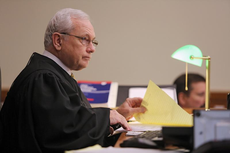 Judge David W. Fais questions Matthew Cordle, not seen, about the night of the fatal accident, in Franklin County Common Pleas Court, Wednesday, Sept. 18, 2013 in Columbus, Ohio. Cordle, 22, who confessed in an online video to causing a fatal wrong-way crash on on June 22 after a night of heavy drinking, pleaded guilty Wednesday to aggravated vehicular homicide. He faces two to 8½ years in prison at sentencing, which was set for Oct. 10, and will also lose driving privileges for life. (AP Photo/Columbus Dispatch, Tom Dodge) MANDATORY CREDIT