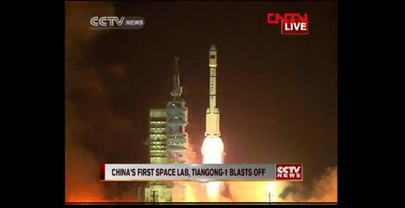 China launches the Tiangong-1 space lab module Sept. 29, 2011 atop a Chinese Long March 2F rocket from the Gobi desert.