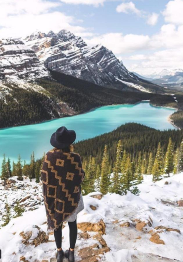 Picturesque Banff National Park is a must for anyones bucket list. Source: Instagram/ vancitywild