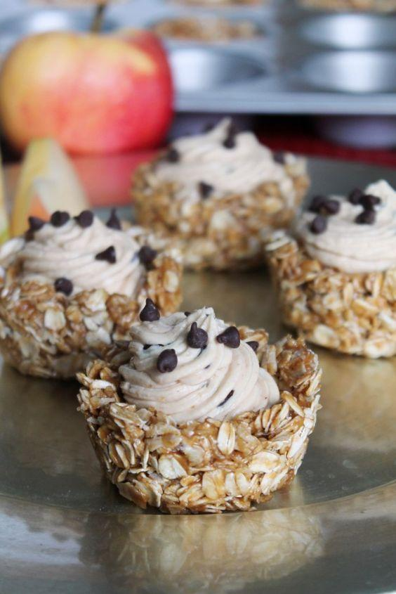 """<p>If mom wants something healthy (and you want something that's easy to make), whip up these granola cups filled with smooth peanut butter.</p><p><strong>Get the recipe at <a href=""""http://www.thespiffycookie.com/2015/10/03/no-bake-peanut-butter-granola-cups/"""" rel=""""nofollow noopener"""" target=""""_blank"""" data-ylk=""""slk:The Spiffy Cookie"""" class=""""link rapid-noclick-resp"""">The Spiffy Cookie</a>.</strong> </p>"""