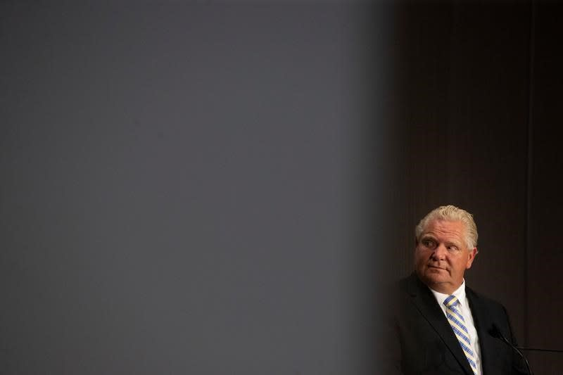 Ford accuses Ottawa of failing to enforce quarantine orders in Ontario