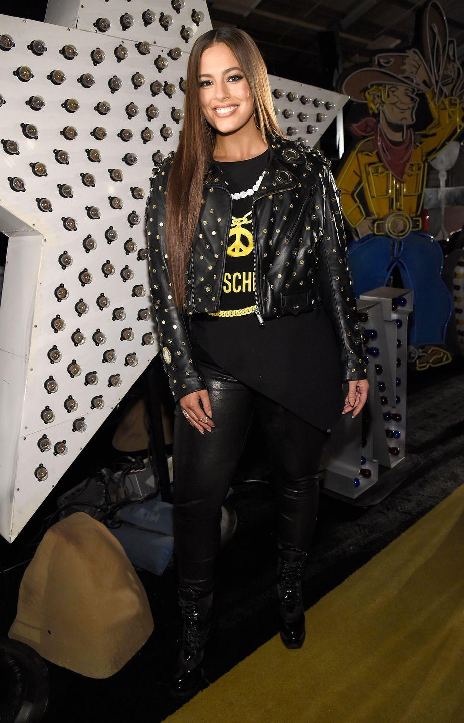 <p>Moschino spring/summer 18, 2017: L-o-v-e the studded detail on this leather jacket. </p>