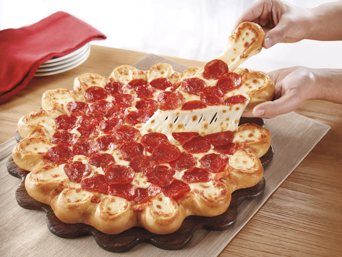 Pizza Hut rolls out pie with 'cheese pockets'