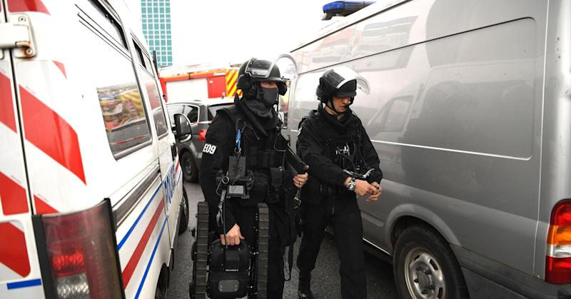 Airport attacker vowed to 'die for Allah': Paris prosecutor