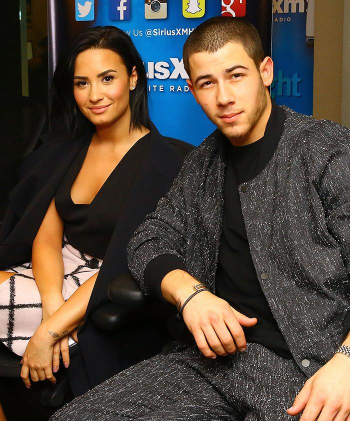 Demi lovato nick jonas charge 10000 for meet and greet m4hsunfo