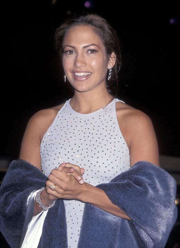 <p>Prior to her first trip down the aisle in 1997, Lopez received a $100,000 diamond ring from restaurateur Ojani Noa. They divorced a year after their marriage. </p>