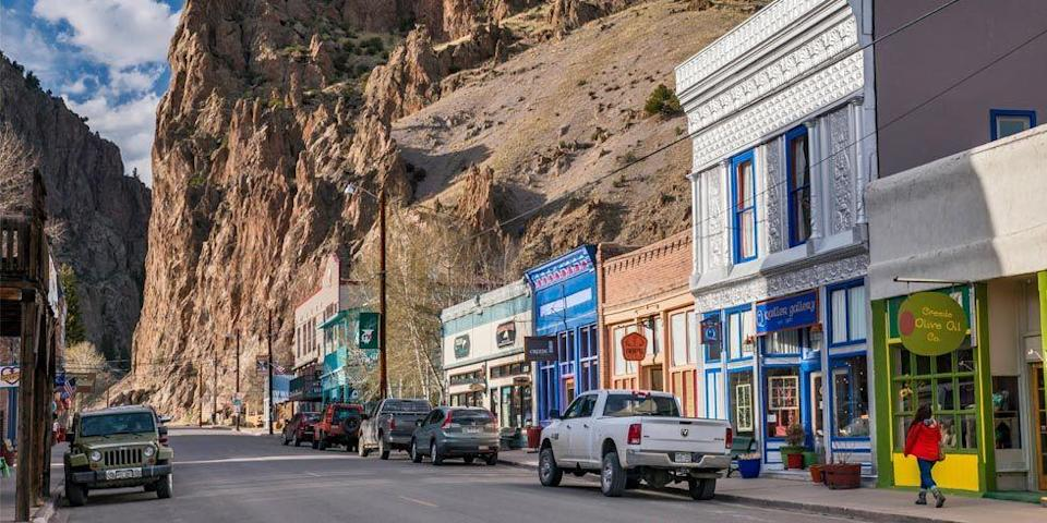 <p>When it comes to your vacation, most people seek out places they've seen on TV or have heard about from friends and family. Fair enough. Now, let us introduce you to 40 unsung hot spots. These unheard-of towns across the U.S. might not have made it onto your bucket list <em>yet</em>, but believe us, they deserve a spot. </p>