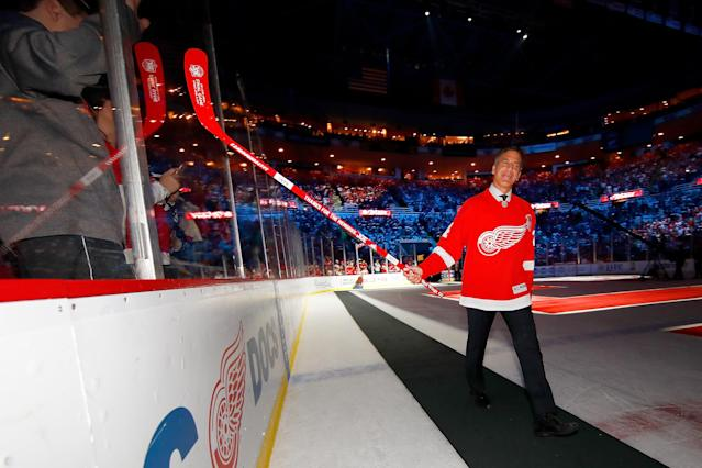 Former Detroit Red Wings star Chris Chelios enters a ceremony honoring Joe Louis Arena on April 9, 2017. (Getty)