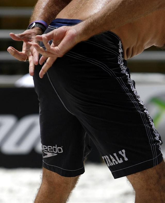 TAMPA - JUNE 2: Karch Kiraly signals his teammate Kevin Wong during their winners bracket match at the AVP Crocs Tour EsuranceTampa Bay Open on June 2, 2007 at the St. Pete Times Forum in Tampa, Florida. (Photo by Eliot J. Schechter/Getty Images)