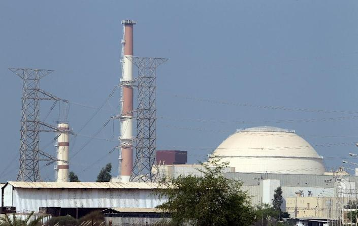 A general view shows the reactor building at the Bushehr nuclear power plant in southern Iran, 1200 kms south of Tehran, on August 20, 2010 (AFP Photo/Atta Kenare)