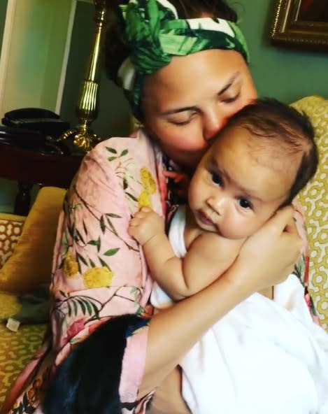 "<p><a rel=""nofollow"" rel=""nofollow"" href=""https://www.yahoo.com/celebrity/tagged/chrissy-teigen/"">Chrissy Teigen</a> knows it's impossible not to nuzzle a naked baby, and little <a rel=""nofollow"" rel=""nofollow"" href=""https://www.yahoo.com/celebrity/tagged/luna-stephens/"">Luna Stephens</a>, who is 1, doesn't seem to mind. (Photo: <a rel=""nofollow"" rel=""nofollow"" href=""https://www.instagram.com/p/BH_-haSgxgc/?taken-by=johnlegend&hl=en"">John Legend via Instagram</a>) </p>"