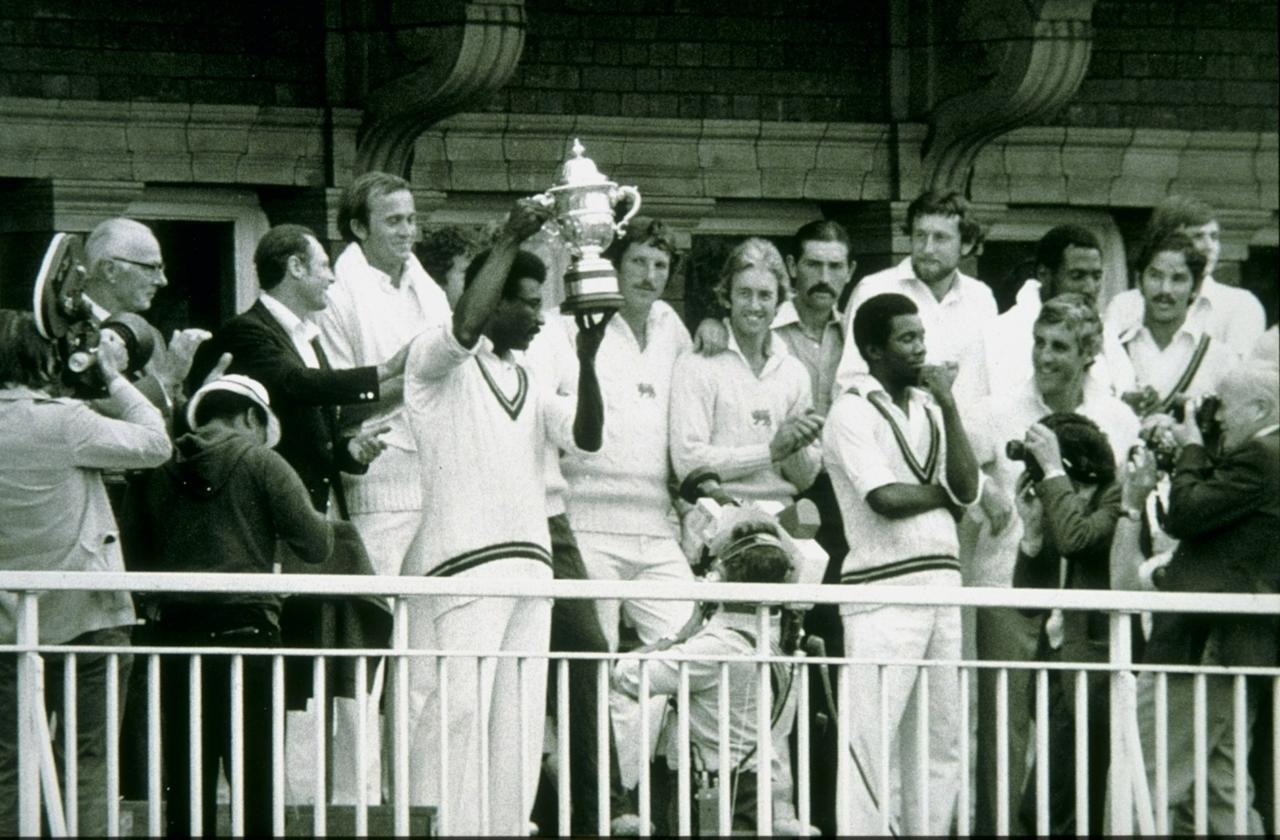 23 Jun 1979:  West Indies captain Clive Lloyd lifts the World Cup after beating England in the final at Lords in London. \ Mandatory Credit: Allsport Hulton/Archive