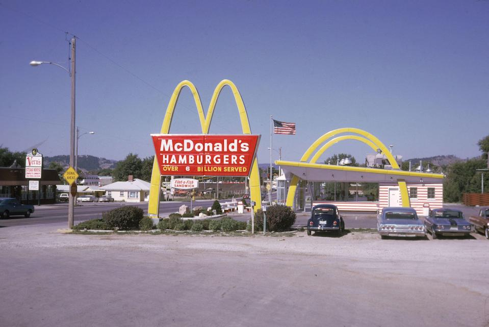 "<p>Before McDonald's was your favorite place for a late-night snack or an afternoon <a href=""https://www.delish.com/restaurants/g28817926/mcdonalds-mcflurry-flavors-ranked/"" rel=""nofollow noopener"" target=""_blank"" data-ylk=""slk:McFlurry"" class=""link rapid-noclick-resp"">McFlurry</a> pick-me-up, it was a sit-down burger joint in San Bernardino, California. That's right: When the chain opened in 1940, it didn't even serve fast food. Find out how McDonald's took over the world (we kid, kind of...) and enjoy these photos that show just how much the franchise has changed over the decades.</p>"