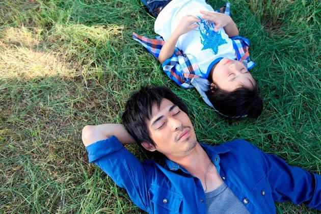 """One of Kho's behind-the-scenes shot for """"Perfect Two"""" starring Vic Chou and Xiao Xiao Bin. (Photo by Let There Be Light)"""