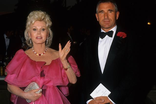 Zsa Zsa Gabor and her husband Frédéric Prinz von Anhalt in February 1988. (Photo: Donaldson Collection/Michael Ochs Archives/Getty Images)