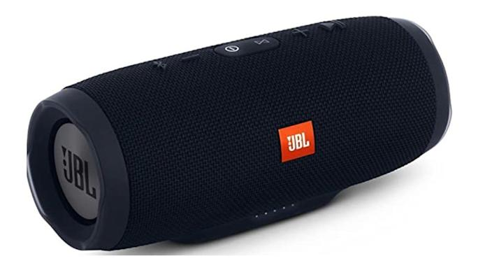 The JBL Charge 3 has amazing ratings from buyers.