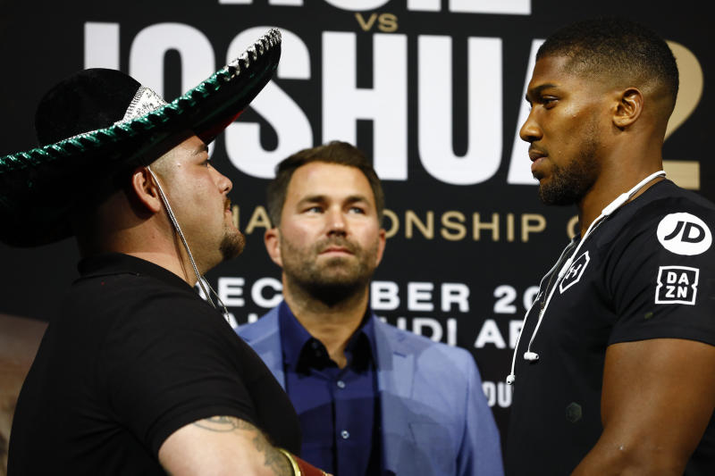 NEW YORK, NY - SEPTEMBER 5: Andy Ruiz Jr (L) and Anthony Joshua are joined by promoter Eddie Hearn at a press conference on September 5, 2019 in New York City. Ruiz and Joshua will face off for the Heavyweight Championship in Saudi Arabia on December 7, 2019. (Photo by Jeff Zelevansky/Getty Images)